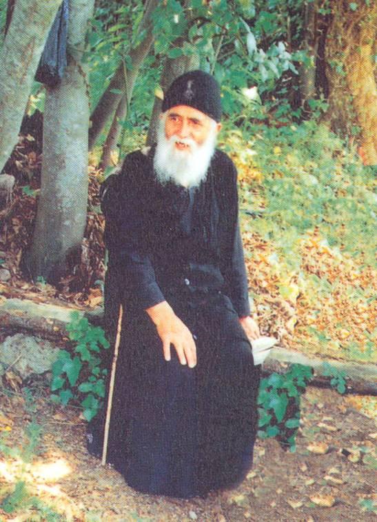 http://orthodoxword.files.wordpress.com/2010/06/elder-paisios.jpg